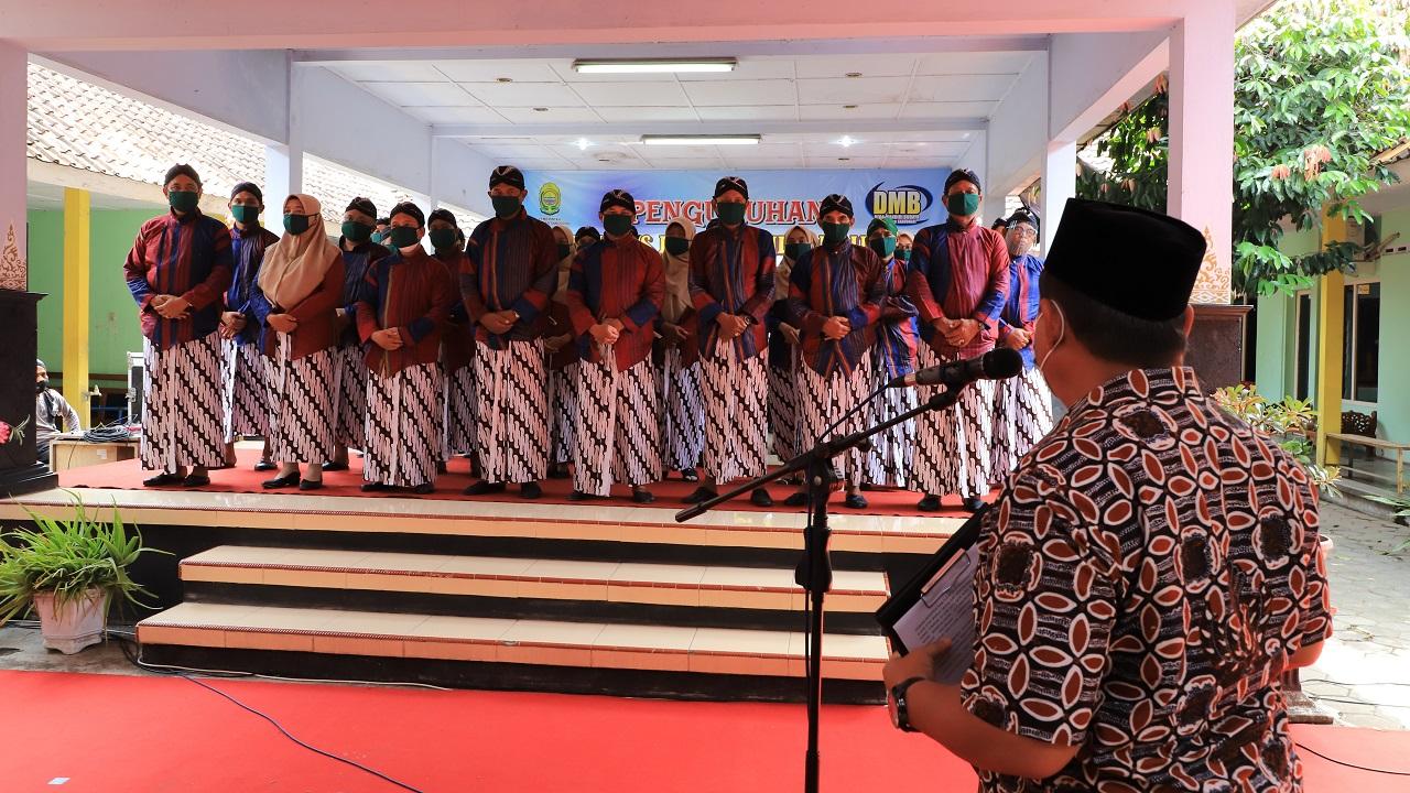 Wakil Bupati Bantul Kukuhkan Kepengurusan Desa Mandiri Budaya Sabdodadi Periode 2021 - 2026
