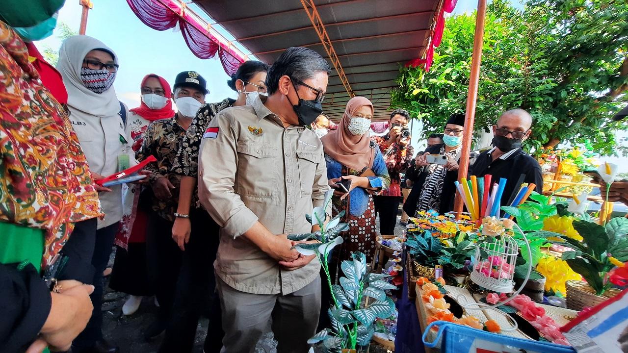 Kementerian Lingkungan Hidup dan Kehutanan, Buka Pelatihan Edukasi Pengelola Bank Sampah di Bantul