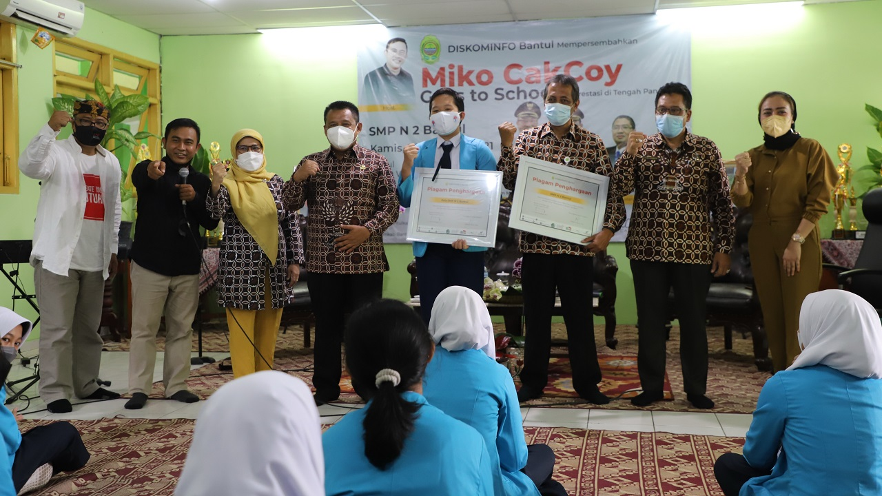Roadshow Miko Cakcoy Goes to SMP N 2 Bantul, Bagi Tips Tingkatkan Softskill Siswa